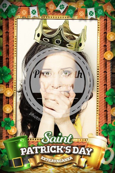 St. Patrick's Day Shamrocks Portrait (iPad)